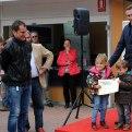 Feria del Libro Tarazona 2014. Clausura (Luis María Beamonte entrega diploma a los niños)